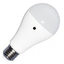 LED Glühlampe E27 A60 9W mit Lichtsensor